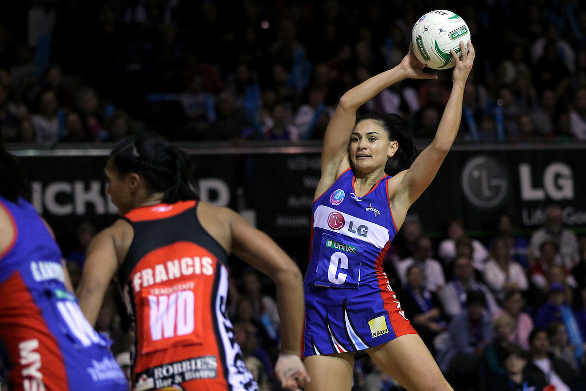 Mystics' Temepara George in action. ANZ Netball Championship, Northern Mystics v Canterbury Tactix