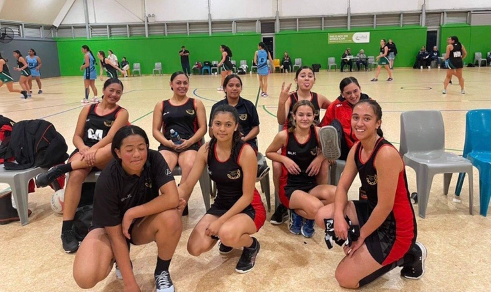 Netball NZ team of girls
